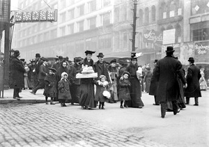 Fas_chicago_shopping_1908w